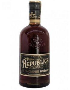 Republica 38% 0,7l